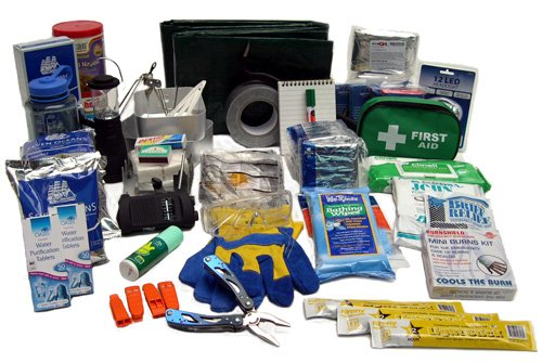 evaQ8 Earthquake & Natural Disaster Survival Kit
